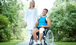 Медсестра и инвалид